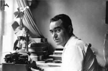 Йоло Кръстев (1934–2000)